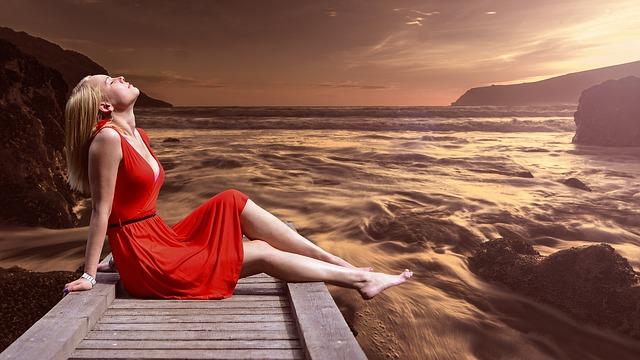 žena, červené šaty, motolo, moře