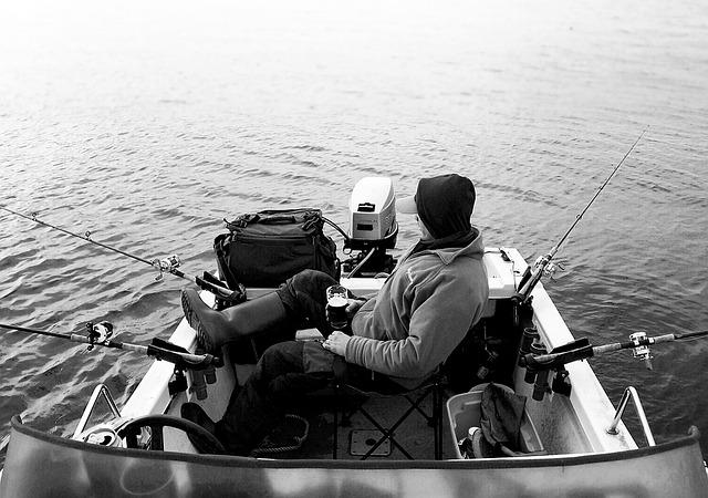 muž, loďka, rybaření