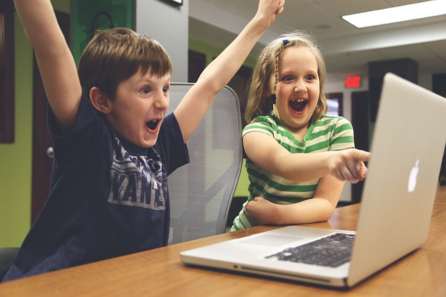 děti, notebook, radost