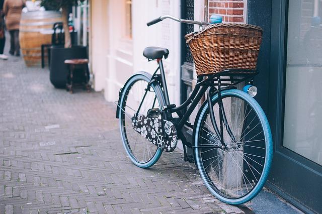 kolo s košíkem vepředu.jpg