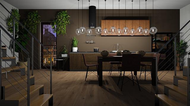 Interiér kuchyně s dřevěnou podlahou
