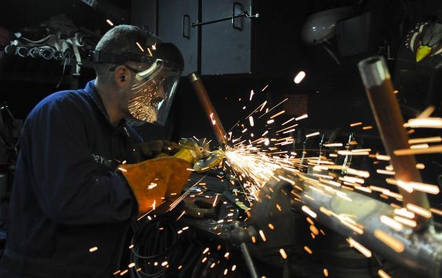 manuálně pracující muž