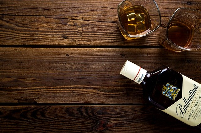 flaška alkoholu