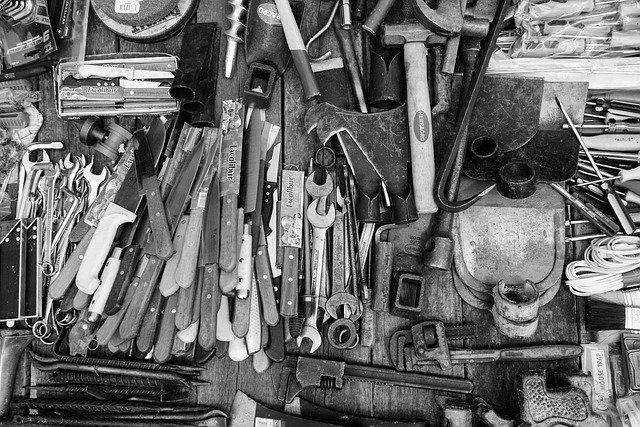 zastaralé nástroje